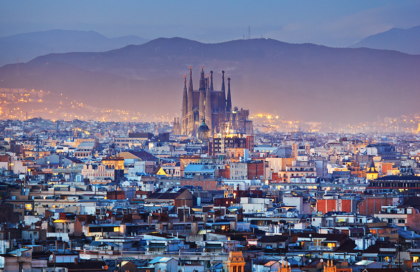 Tour Barcelona in Spain by motorhome
