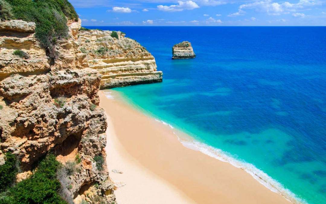 Take a motorhome tour around the Algarve