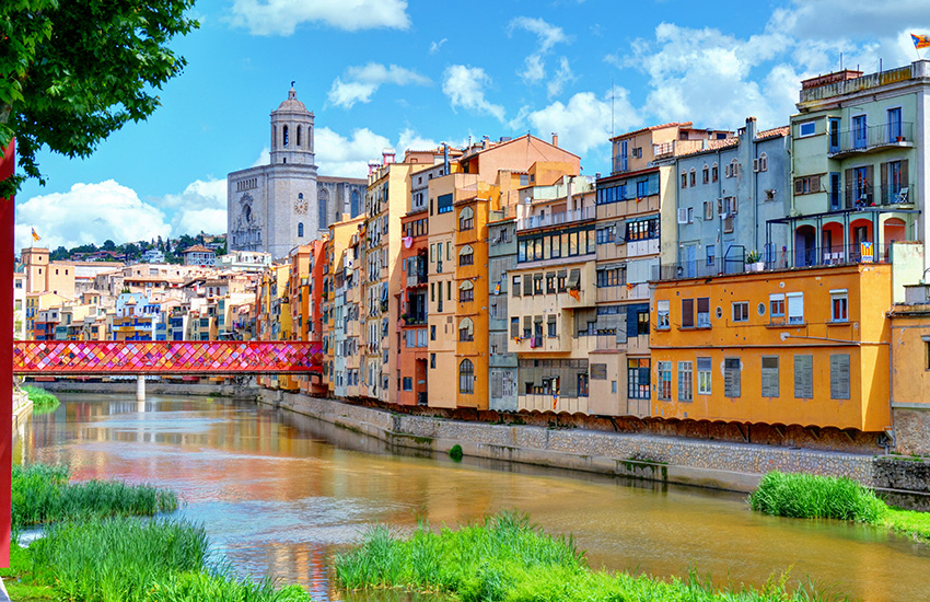 Visit Girona in Spain by motorhome