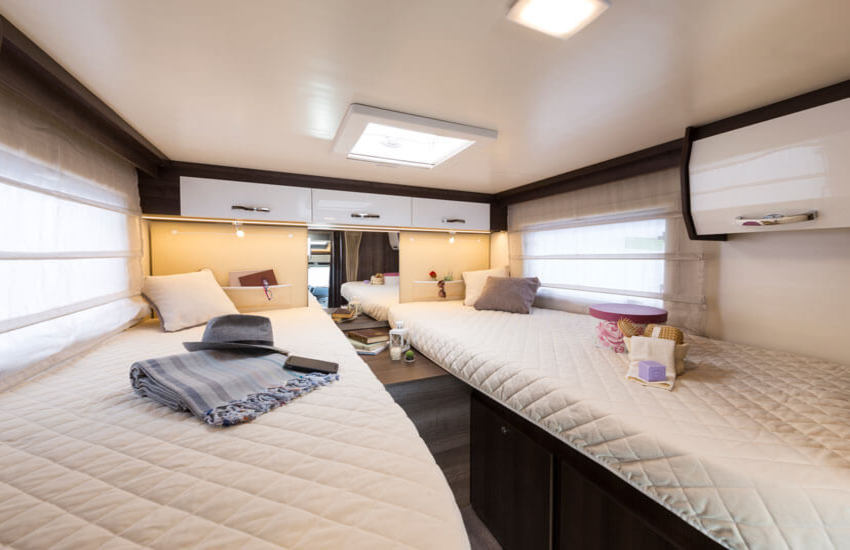 The Zefiro 685 features five beds